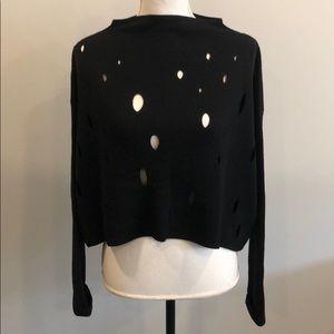 Ana Nonza Box Shaped Bottom Cropped Sweater